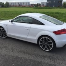 Side View Of Audi With Silver Alloy Wheels White AlloyGator Wheel Protection