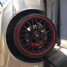 Silver Porsche with Red AlloyGators