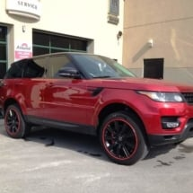 Red Range Rover with Red AlloyGators