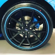 Blue Ford RS with Blue AlloyGators