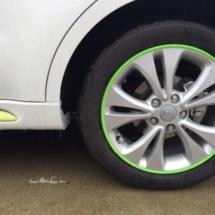 White Kia Soul with Green AlloyGators