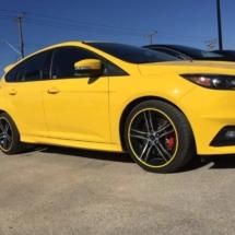 Yellow Subaru with Yellow AlloyGators